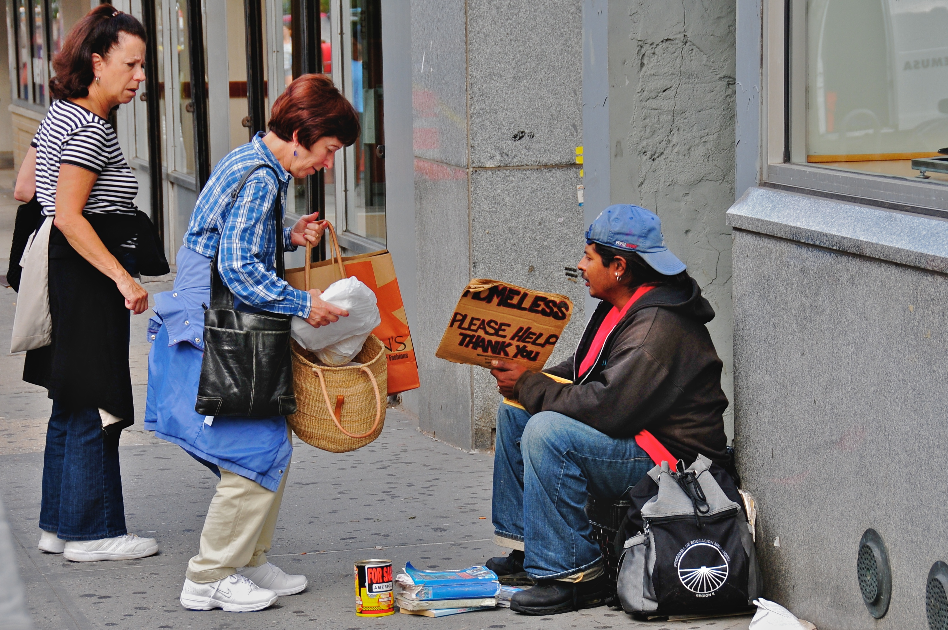 Christmas Helping Homeless.How To Give Back This Christmas The Courier Online