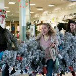 A Bad Moms Christmas (15) Review